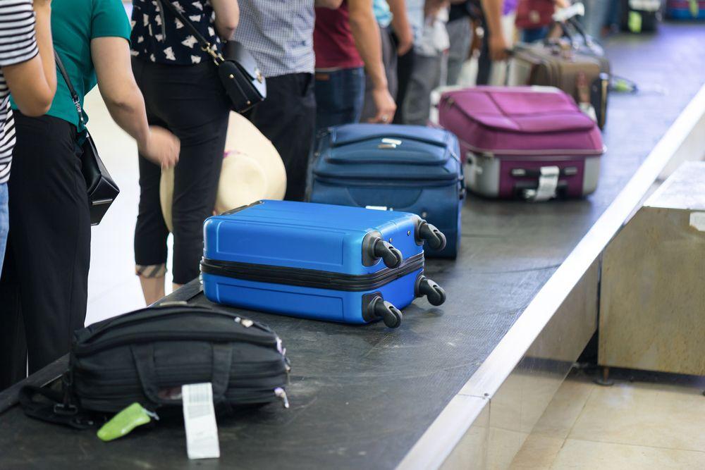 monarch airlines equipaje de mano