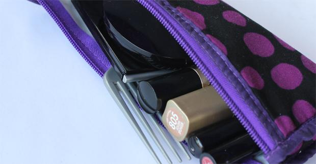 puedo llevar mi maquillaje en equipaje de mano